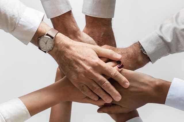 Povezovanje skozi socialno podjetništvo.
